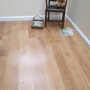 Natural Lacquered Engineered Oak Flooring