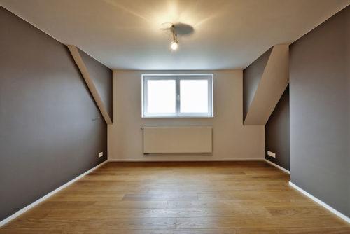 Health Benefits Of Oak Flooring In Your Bedroom