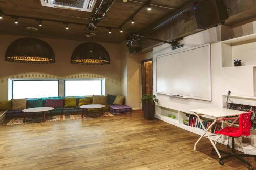 Modern Cafe Oak Flooring Ideal