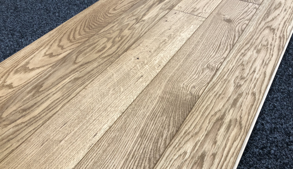 gold oak flooring